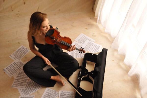 """Зорница Иларионова за новия си албум: """"Там е душата ми, емоциите ми и мислите ми…"""""""
